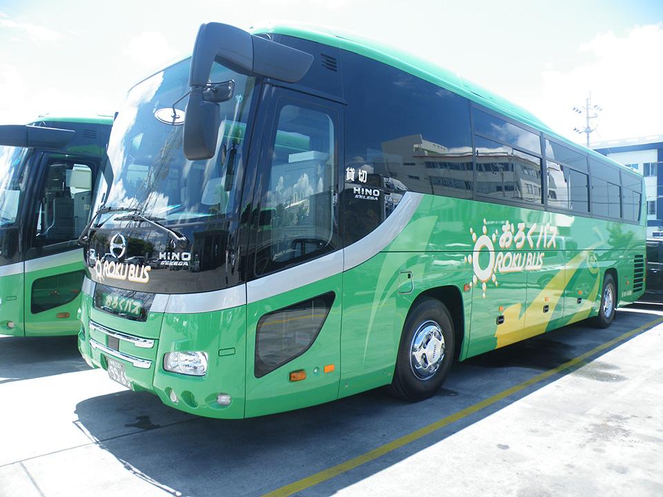 日野の新車大型バス外観